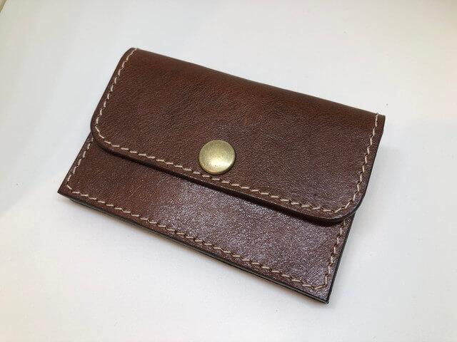 小さい財布正面